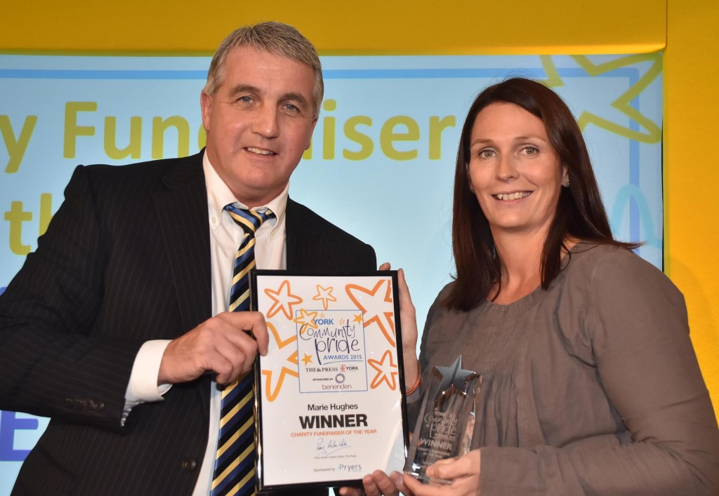 Ian Pryer presents award to Marie Hughes